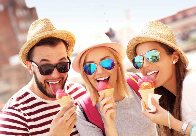 Eisessen Eis Sommer Sonne Gute Laune